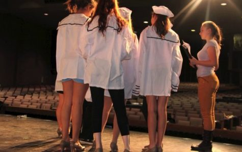 Behind the Curtain: Costuming on 'Anything Goes'