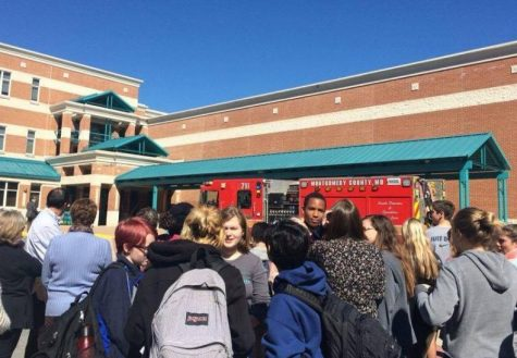 Unexpected fire alarm goes off during lunch, concerns students