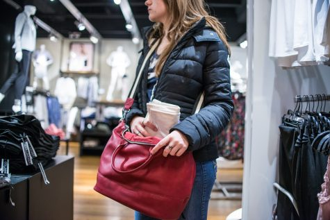 Stores combat students' 'thrill' of shoplifting