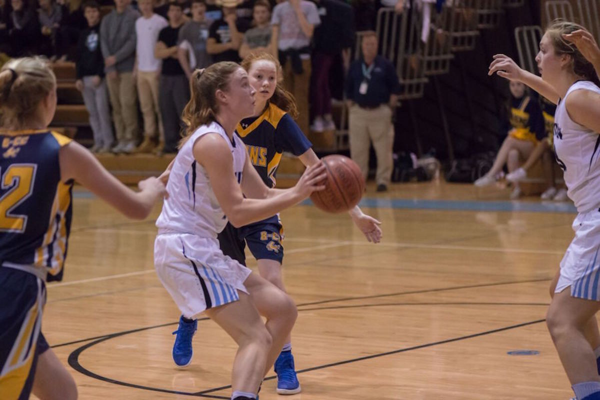 Seniors+Abby+Meyers+and+Brendan+Daly+and+girls+basketball+coach+Pete+Kenah+earned+spots+on+the+Washington+Post%27s+All-Met+winter+teams.+Photo+by+Jefferson+Luo.+
