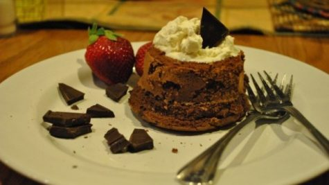 Bdubbs Bakes: Valentine's Day molten lava cakes