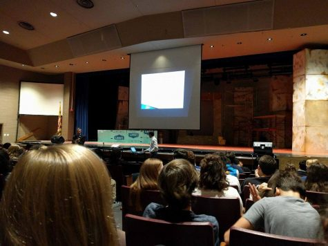 Distracted driving assembly led by injury lawyer impacts students