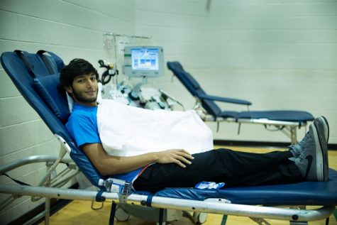 First blood drive of the year draws many students
