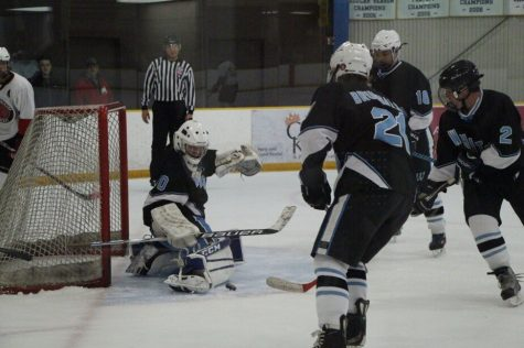 November 18: Hockey closes out Quince Orchard 6–1 with third quarter scoring outburst