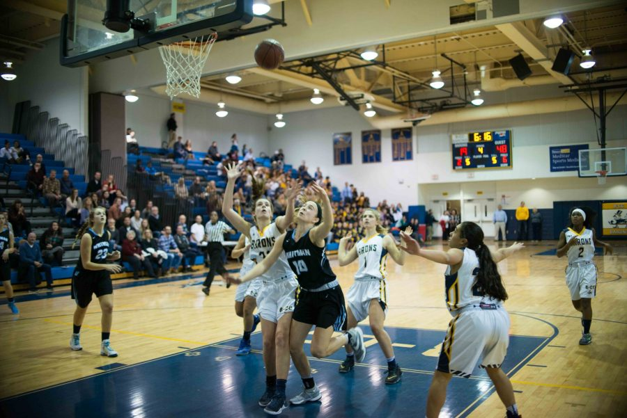 Guard Abby Meyers goes up for a contested layup in the second half. Photo by Tomas Castro.
