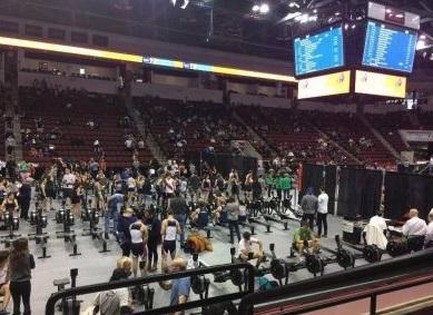Underclassmen power through C.R.A.S.H.-B. rowing event