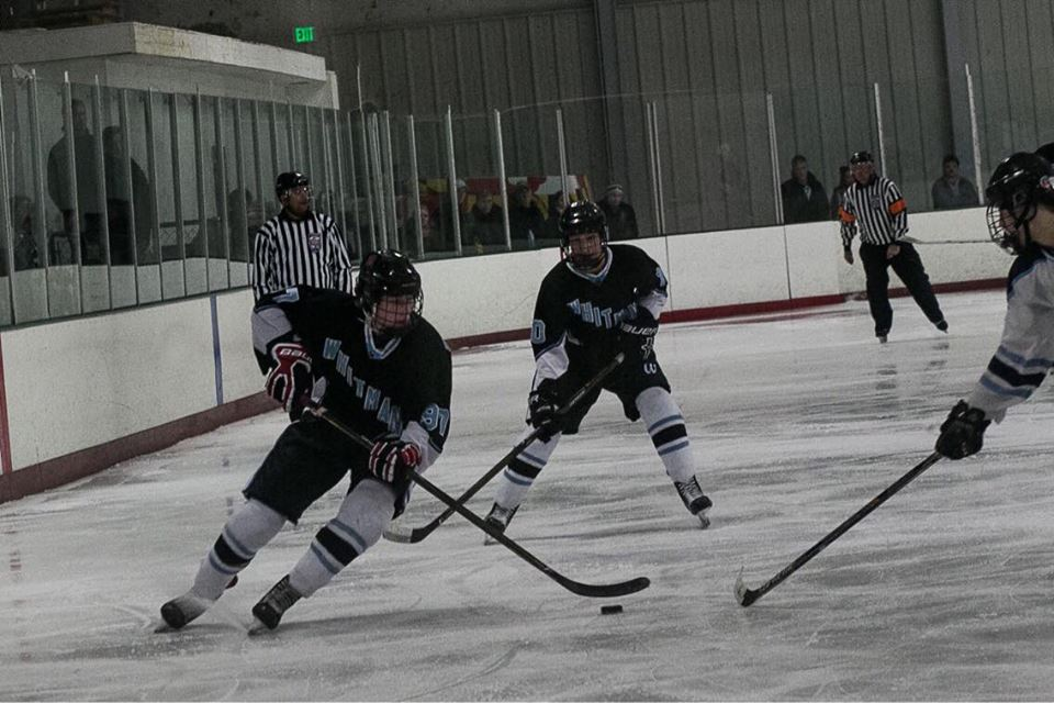 The hockey team skates their way past South River and into the semifinals where they'll face Marriotts Ridge. Photo by Tiger Björnlund.