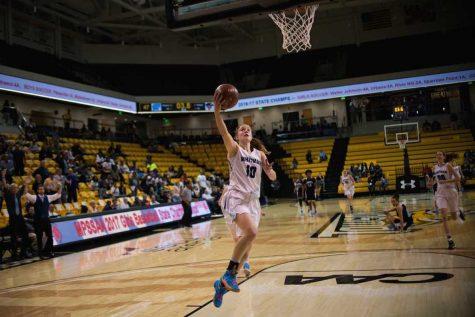 Girls Basketball states run in photos