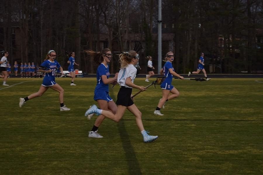 Midfielder+Hanna+Freund+scored+what+would+prove+to+be+the+game-winning+goal+against+Sherwood+on+Tuesday.+Photo+by+Rachel+Hazan.