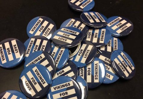 Vikes for Action club spreads love, unity with anti-hate pins