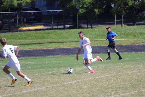 September 19, 23, and 25: Boys soccer ties rival BCC, beats Einstein and Kennedy