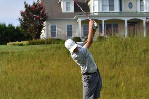 Golf team suffers first loss of season