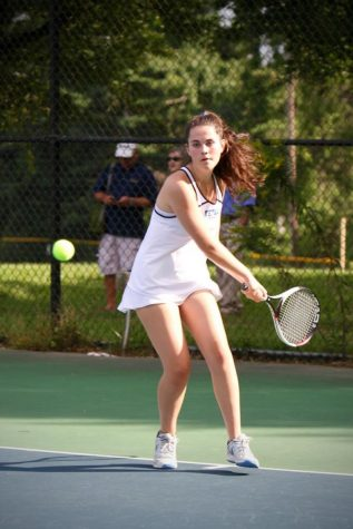 Girls tennis demolishes Wheaton