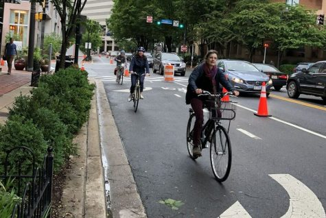 Pop-up bike lane tested in downtown Bethesda