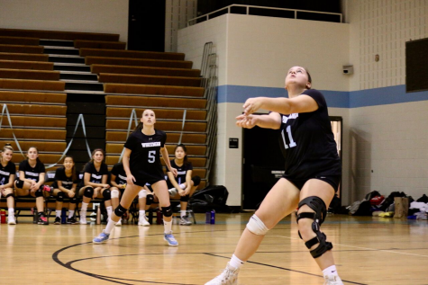 Girls Volleyball takes down Poolesville 3–1 on senior night