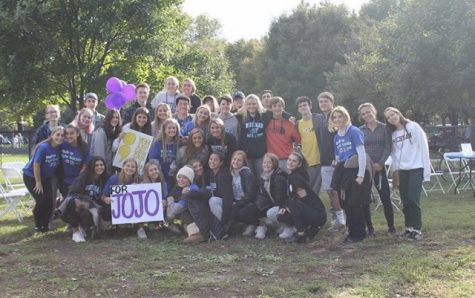 Students attend Out of the Darkness Walk in honor of student Jojo Greenberg