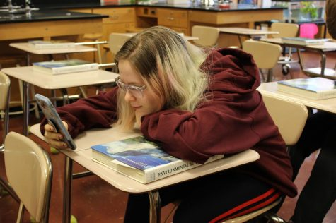 Stop distributing textbooks: A textbook case of wasting resources
