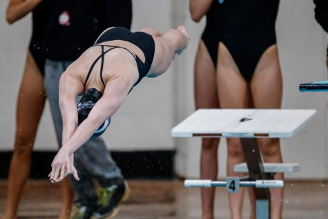 Student athletes confront unhealthy body standards