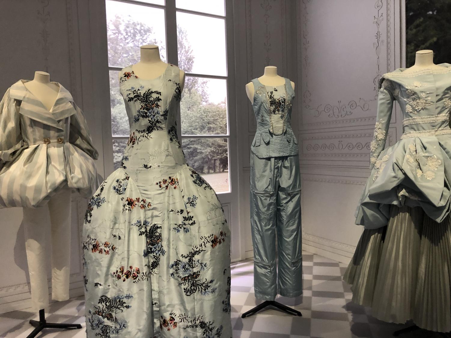 A+photo+of+the+Dior+exhibit+at+the+Victorian+Albert+Museum+in+London.+