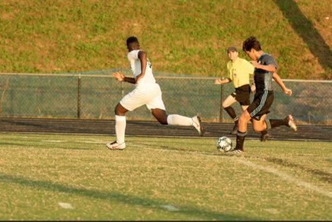 Boys soccer crushes Urbana 5–0