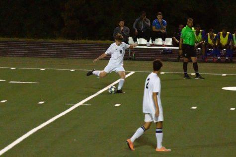 Boys soccer ties Dematha 0–0 in season opener