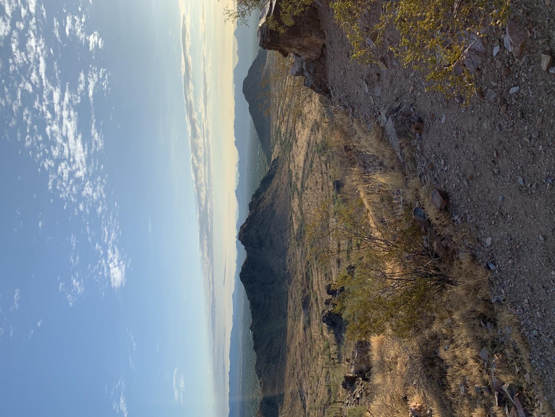 The+view+from+Piestewa+Peak+in+Arizona+during+a+sunrise+hike.