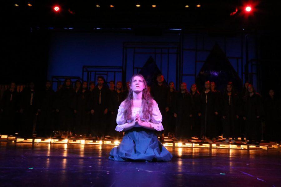 Senior Kate Wayman sings