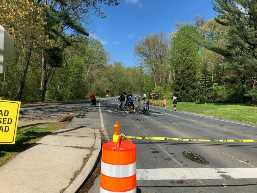 Montgomery County Park's Open Parkways Program closed certain busy roads for pedestrians and bicyclists on weekends.