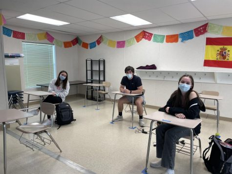 Back into the classrooms: three seniors recount the first day of in-person school
