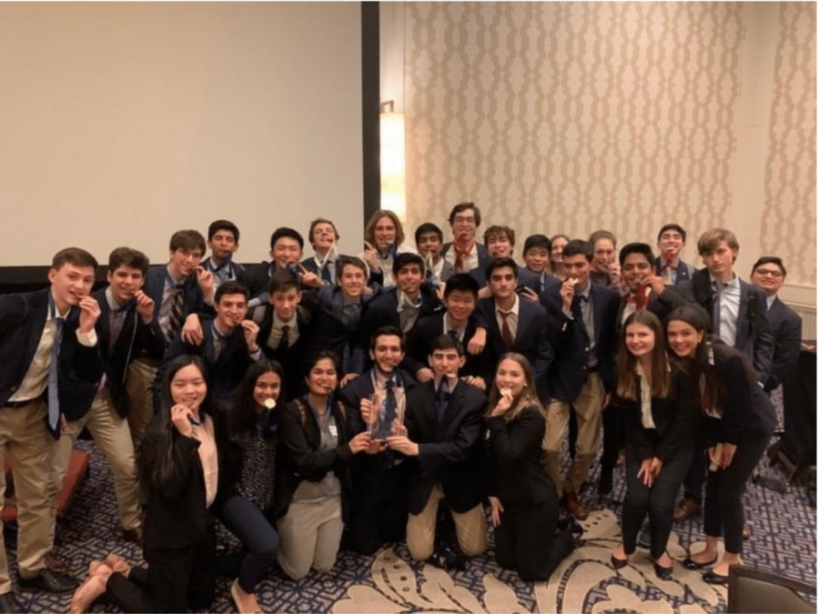 The+DECA+team+gathers+for+a+group+photo+after+the+Maryland+State+Championship+in+2020.+Whitman+DECA+has+taught+its+outgoing+President%2C+Abby+Chen%2C+the+importance+of+leadership%2C+she+said.