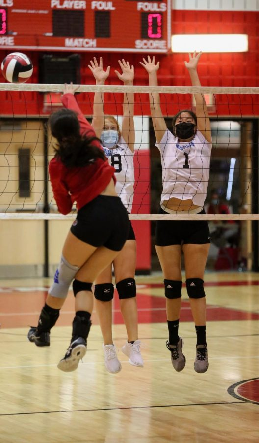 Girls volleyball routed by Blair in first loss of the season